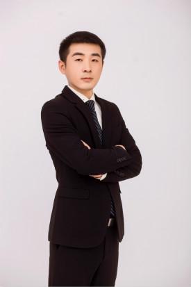 王琦   文科组老师